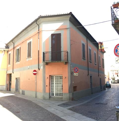 Appartamento arredato in affitto a alessandria terrazzo for Affitto nerviano arredato