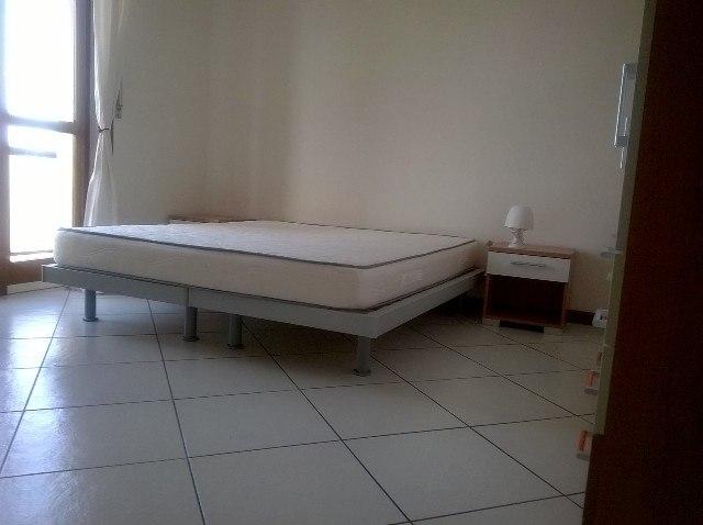 Trilocale alessandria affitto arredato camera da letto for Prezzo camera matrimoniale