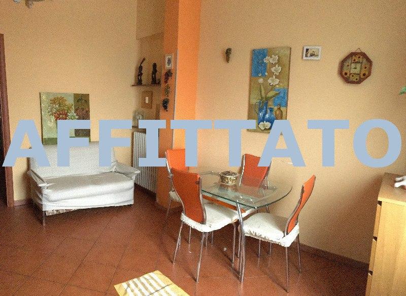 Appartamento arredato con terrazzo in affitto ad for Affitto carpenedolo arredato