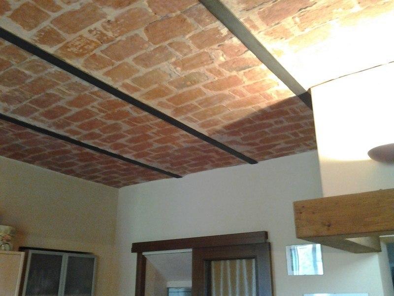 Alessandria vendita bilocale soffitto mattoni a vista - Cucina in mattoni faccia vista ...