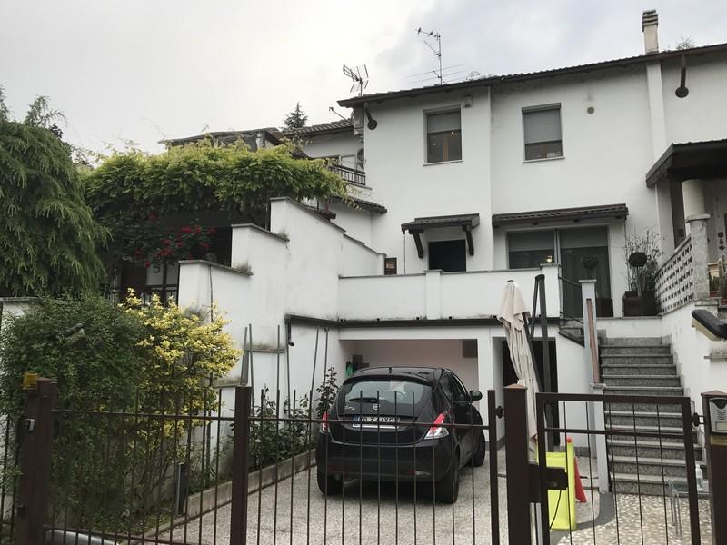casa con terrazza e cortile in vendita a pochi km da Alessandria