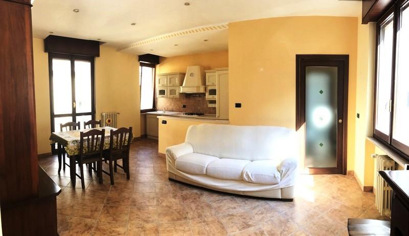 Appartamento ristrutturato in vendita ad alessandria zona for 5 camere da letto in vendita