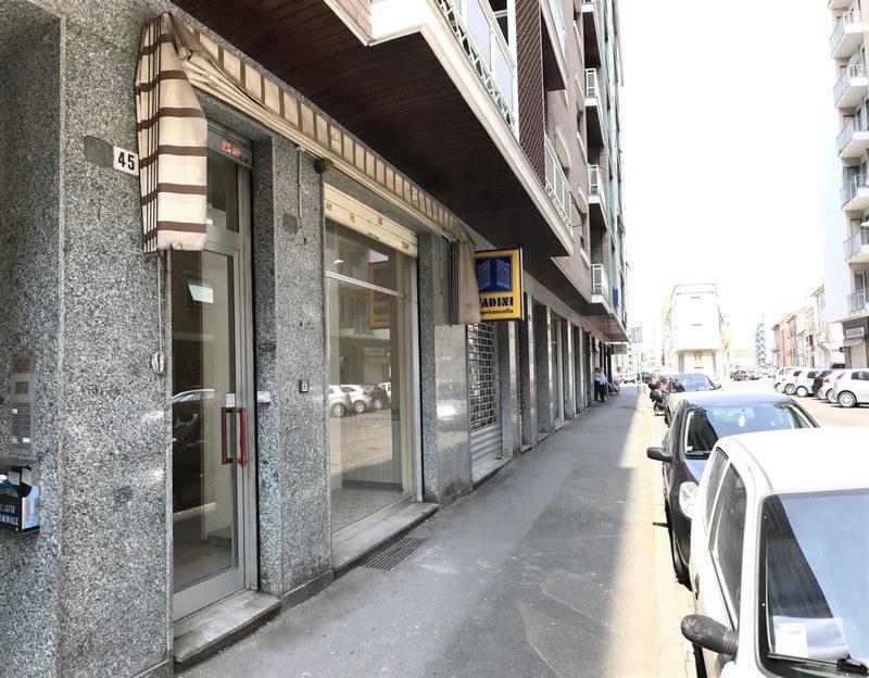 Affitto Ufficio A Genova : Negozio in affitto ad alessandria zona piazza genova