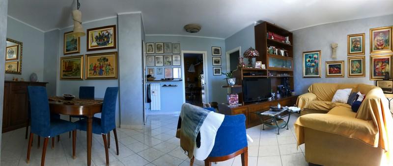 Appartamento ristrutturato in vendita ad alessandria zona for Piani di alloggio con 12 camere da letto