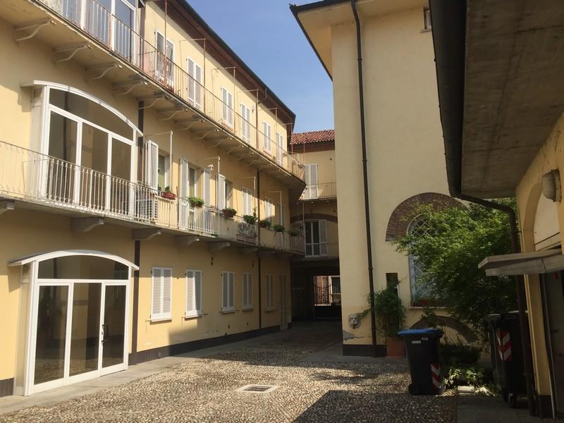 Alloggio arredato monolocale zona centro in affitto ad for Appartamento in affitto arredato