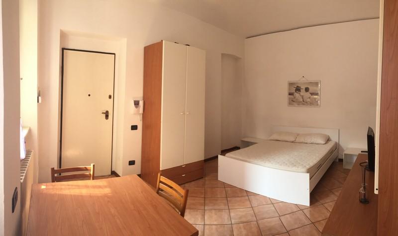 Alloggio arredato monolocale zona centro in affitto ad for Monolocale arredato affitto