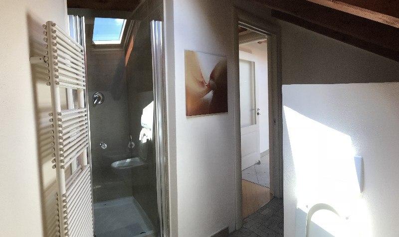 Appartamento duplex con terrazzo in vendita in alessandria bagno con
