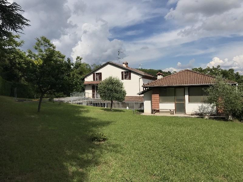 Casa con giardino in vendita a valmadonna alessandria - Case in vendita grosseto con giardino ...