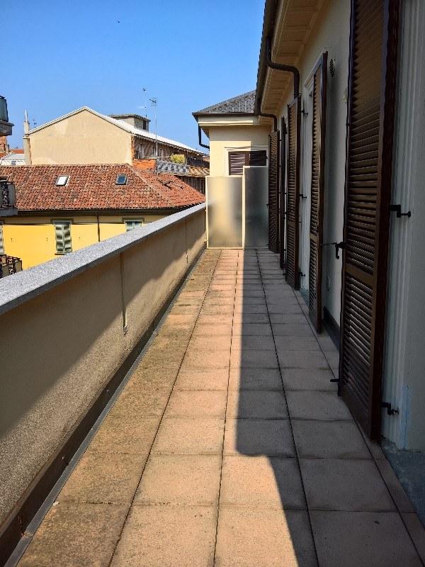 Appartamento arredato in affitto al terzo piano con for Affitto carpenedolo arredato