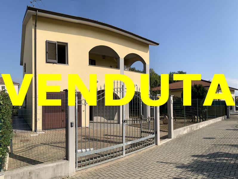 Villetta in vendita a Cantalupo - venduta