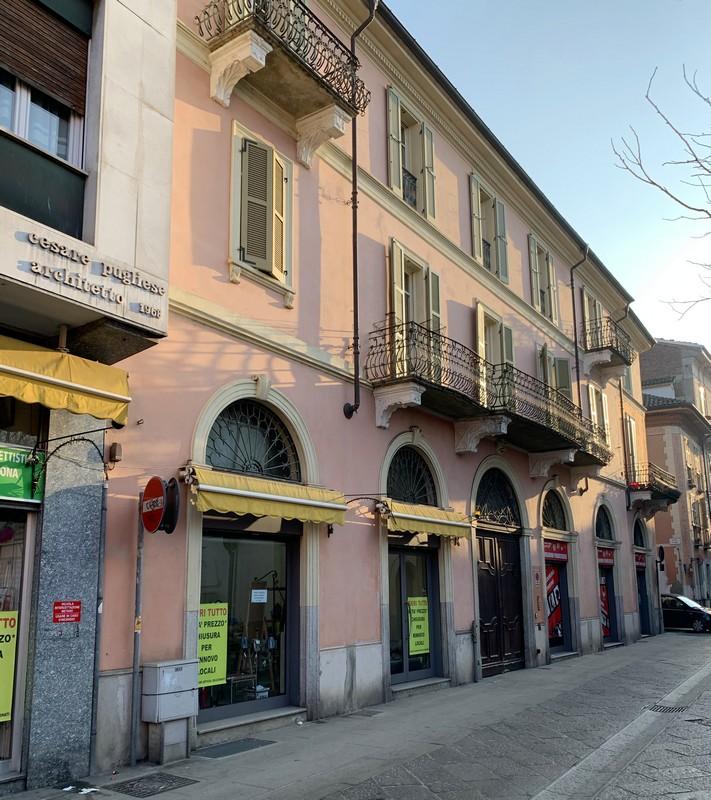 negozio in vendita in Alessandria