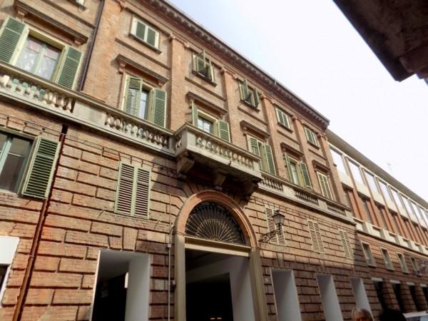 appartamento da ristrutturare in vendita in palazzo d'epoca in centro ad Alessandria